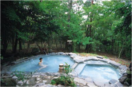 Voyage au Japon, Onsen l'ambiance suave des bains japonais